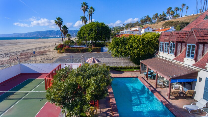 Hot Property | Former Cary Grant beach pad