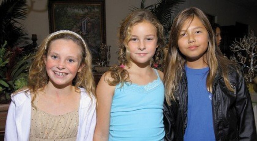 Paige Lendrum, Annie Richard, Nicole Foley (Photo: Jon Clark)