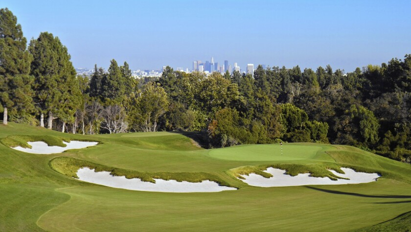 The renovated 11th hole at Los Angeles Country Club includes bunkers with irregular shapes.