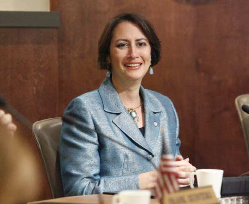 Friedman moves to mayor's chair