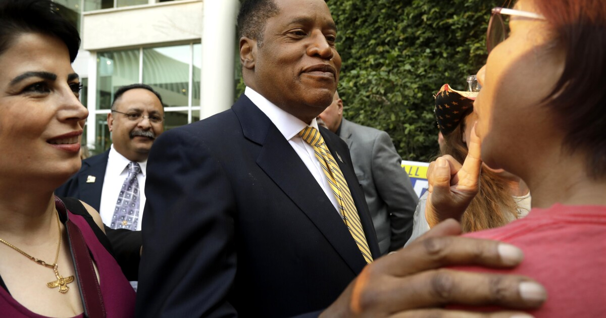 www.latimes.com: Larry Elder's views cost him listeners and even his best friend. But he won't waver