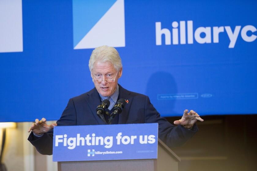 Bill Clinton campaigns for Hillary in Iowa