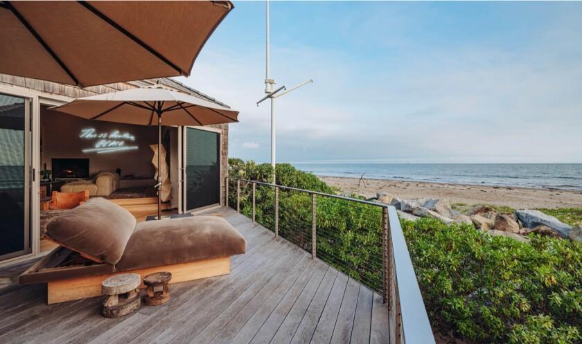 Ellen DeGeneres's Carpinteria beach house