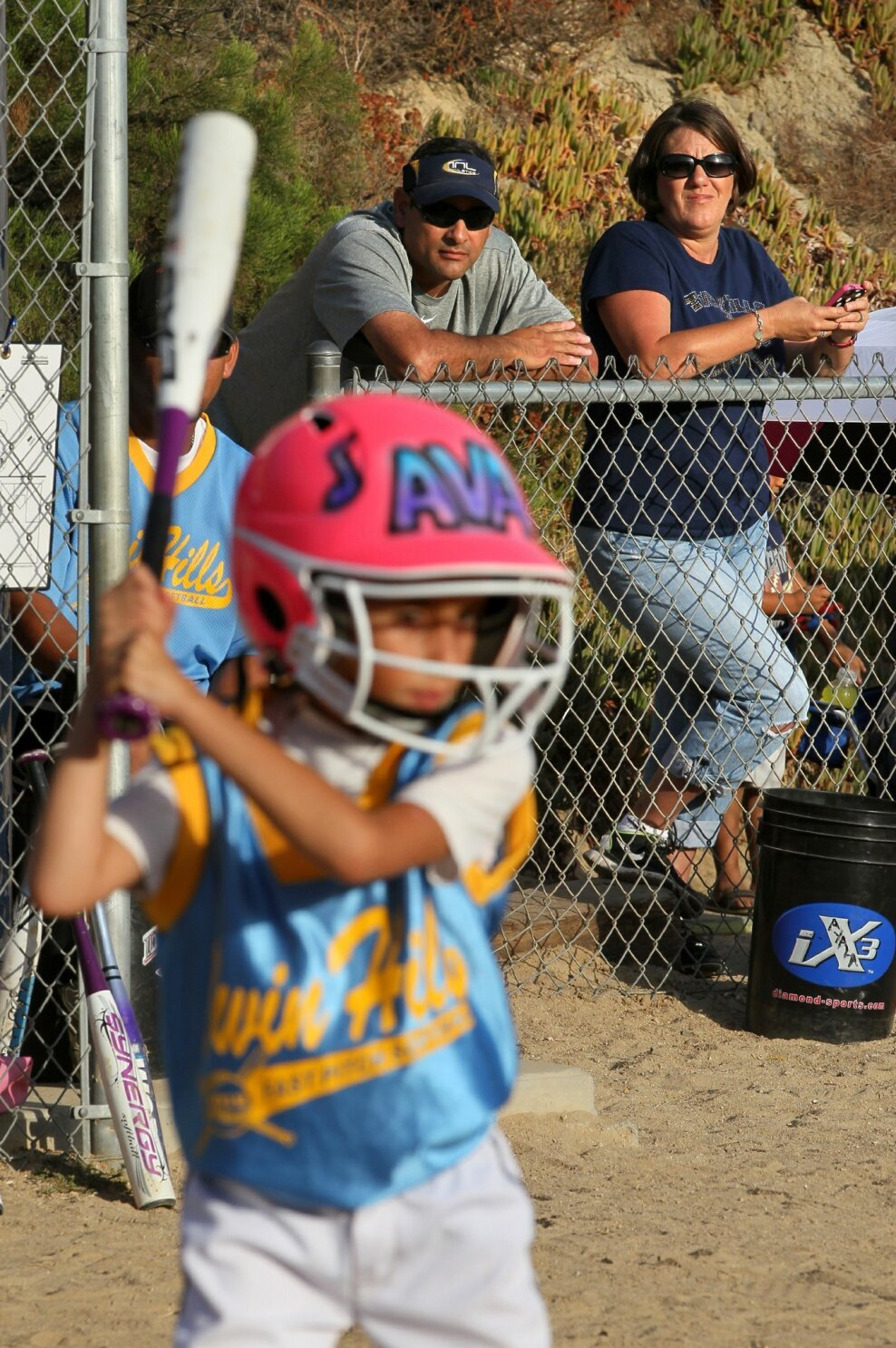 There's much more to this softball mom - The San Diego Union