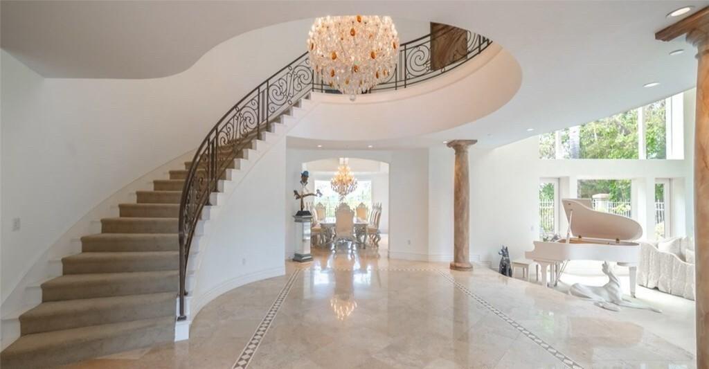 Mark Jackson's Calabasas mansion