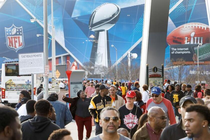 American football fans crowd the area near Mercedes-Benz Stadium one day ahead of Super Bowl LIII in Atlanta, Georgia, USA, 02 February 2019. EFE/EPA