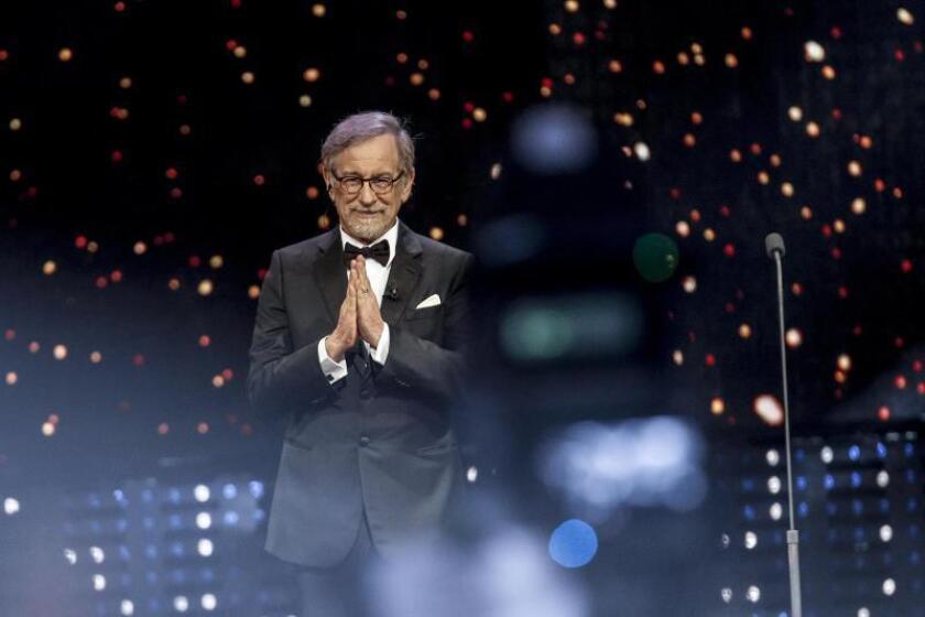 "Steven Spielberg ficha a la latina Andréa Burns para su ""West Side Story"""