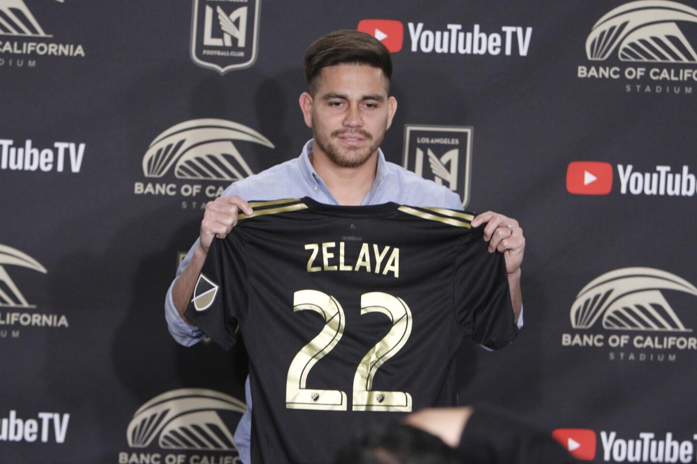 LAFC presenta a Zelaya