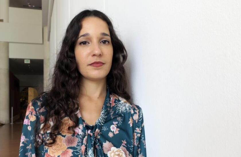 La cantante puertorriqueña Ileana Cabra, más conocida como iLe, voz femenina de la pasada agrupación Calle 13, posa este martes durante una entrevista con Efe en San Juan (Puerto Rico). EFE/Jorge Muñiz