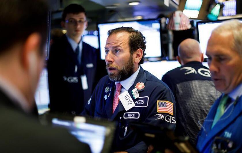 Wall Street cierra de nuevo con ganancias y el Dow Jones sube un 1,06 %