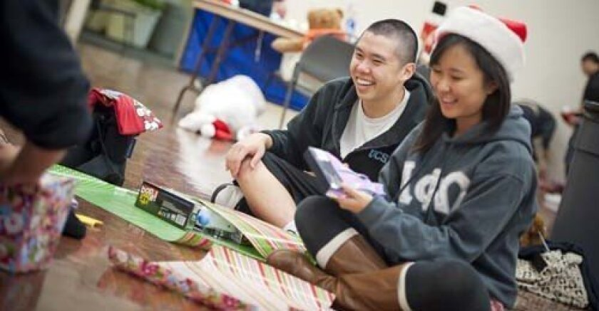 UCSD students share the Christmas spirit during Operation Santa. Photo: UCSD
