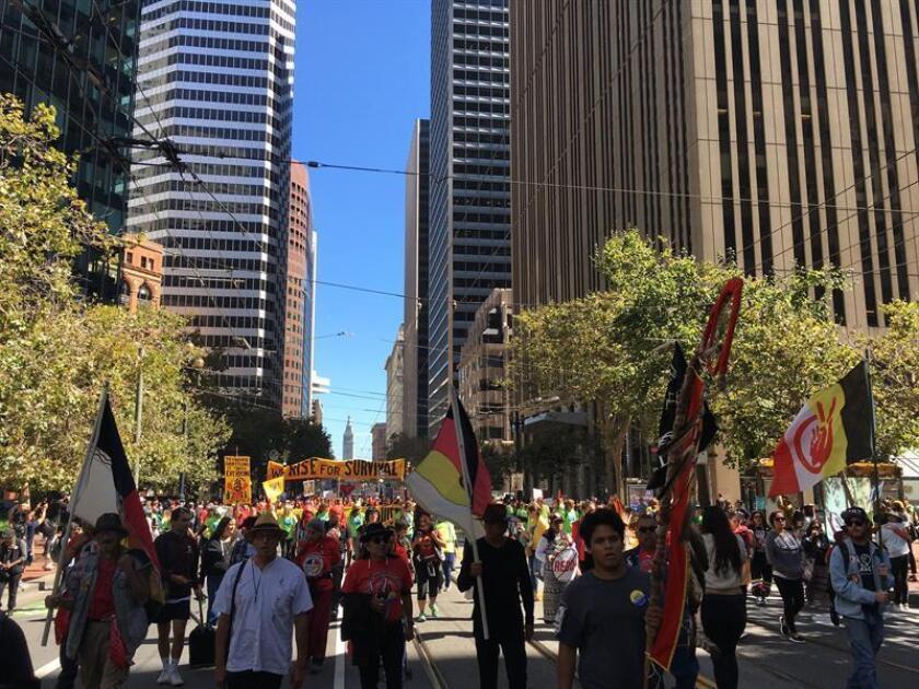 """Decenas de personas participan en el """"Rise For Climate March"""" hoy, sábado 8 de septiembre de 2018, en San Francisco, California (EE.UU.). EFE"""