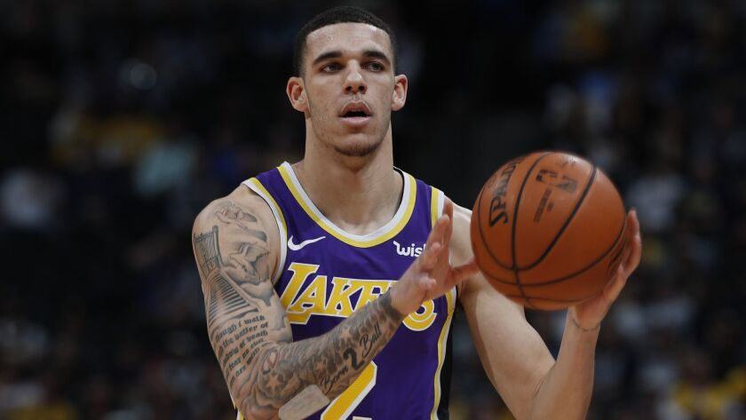 Los Angeles Lakers guard Lonzo Ball (2), r m
