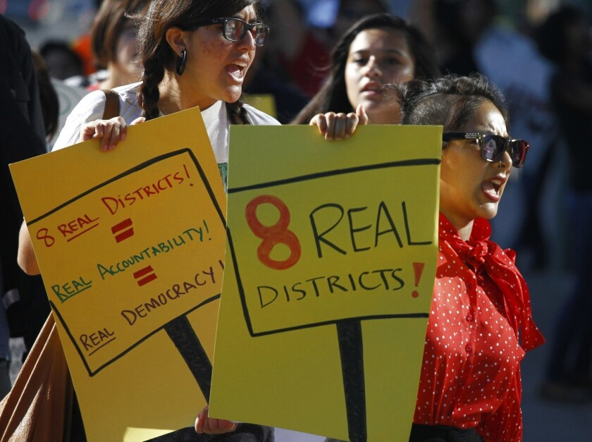 Anaheim relents, will hold election on council districts