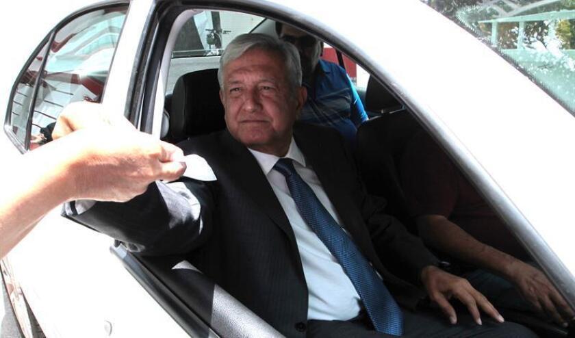 El presidente electo de México, Andrés Manuel López Obrador, sale de su sede de campaña en Ciudad de México (México). EFE/Archivo