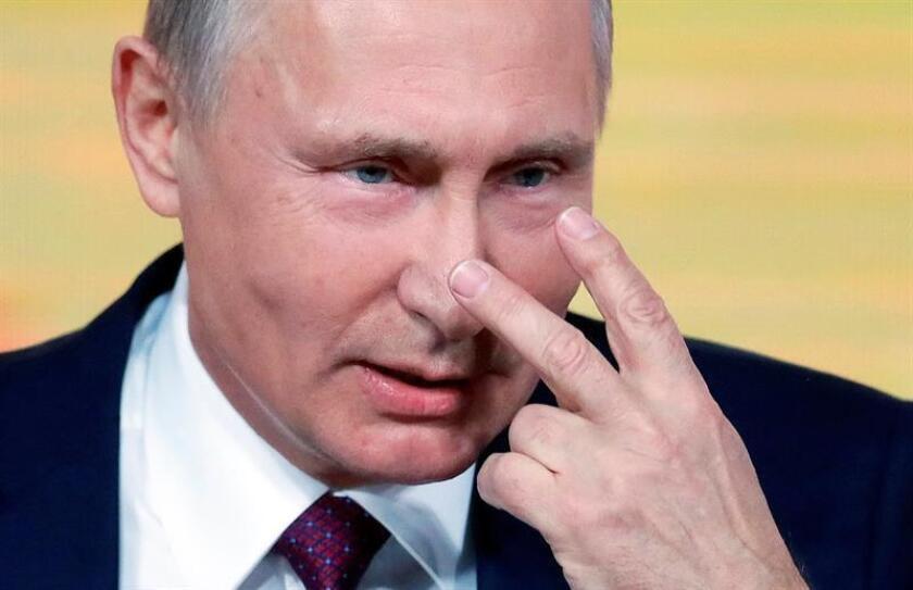 """El presidente, Donald Trump, y su homólogo ruso, Vladimir Putin, hablaron hoy por teléfono sobre cómo """"resolver la muy peligrosa situación"""" con Corea del Norte, de acuerdo con un comunicado de la Casa Blanca. EFE"""