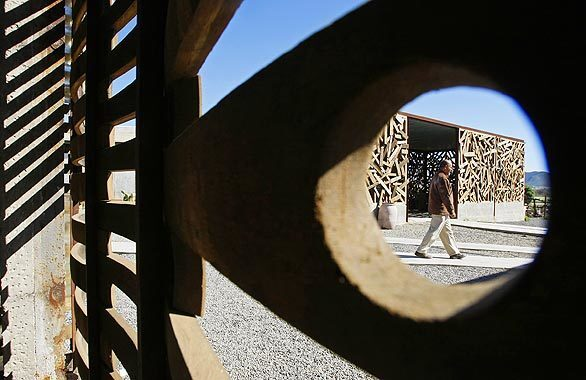 By Barbara Thornburg Alejandro D'Acosta and Claudia Turrent have quietly been spreading their brand of sustainable design in northern Baja, Mexico, turning trash into interesting architecture. One of D'Acosta's recent experiments is La Escuelita, a wine school and olive oil factory in the Guadalupe Valley. One building is made of palos — discarded wood boards taken from construction sites, while the new wine tasting center's walls are composed of wine barrel staves. To see more, click to next photo. To see a separate gallery of the couple's seaside house, click to Part I of our package.