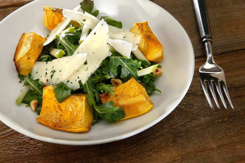 Chefs into Farmers-Roasted acorn squash and apple salad.
