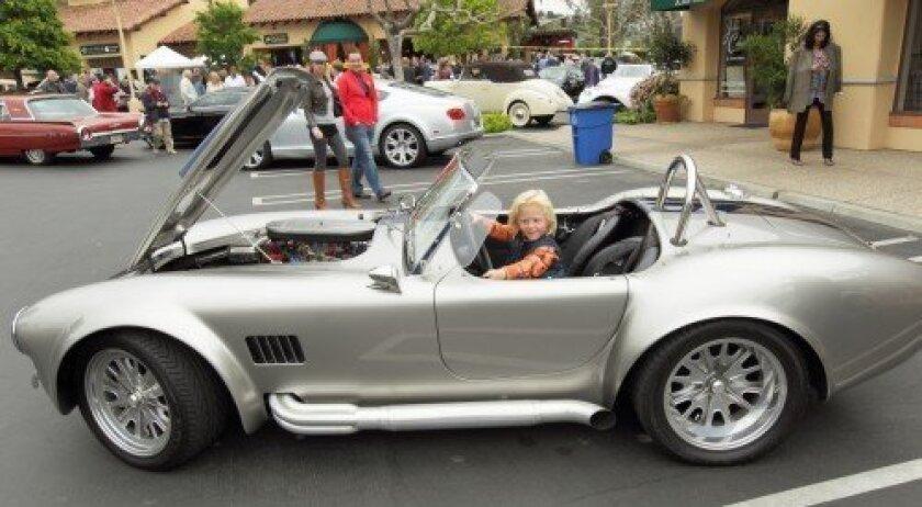 Reithe Lischewski in a 1964 Shelby Cobra