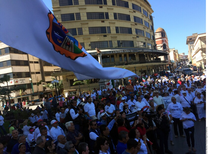 Fue la asociación Tamaulipas por la Paz, que en el 2014 organizó movilizaciones grandes contra la violencia, quien convocó a esta nutrida movilización contra el gasolinazo en Tamaulipas.