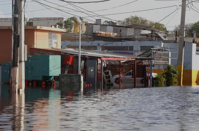 El representante por San Juan, Eddie Charbonier, presentó hoy una medida para establecer un plan integrado de control de inundaciones en la capital, creando acuerdos de colaboración entre entidades estatales, federales y municipales. EFE/ARCHIVO