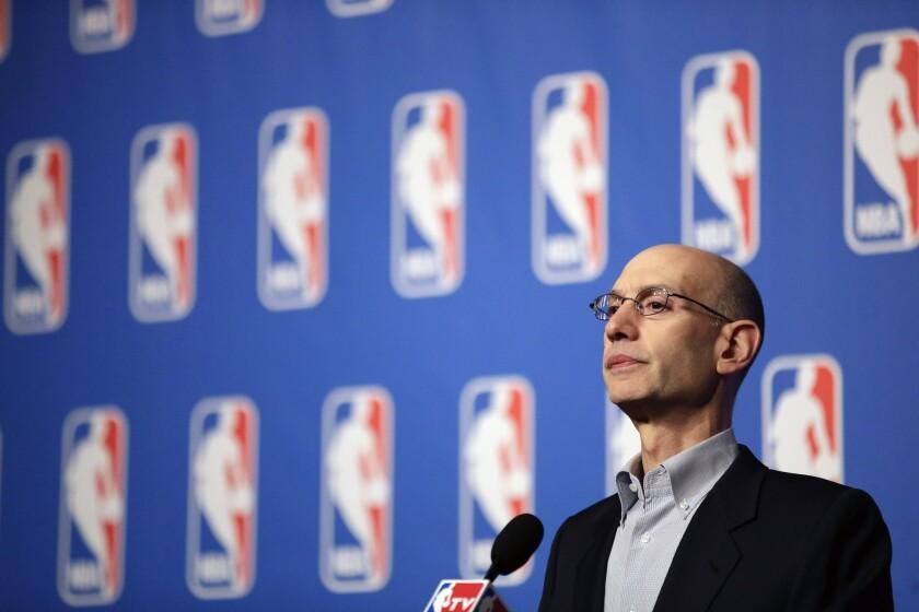 NBA陷入資金困難,Silver尋求10億援助,快艇老闆霸氣發聲!-籃球圈