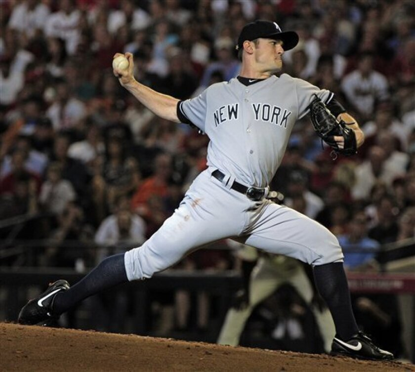 American League's David Robertson of the New York Yankees pitches during the second inning of the MLB All-Star baseball game Tuesday, July 12, 2011, in Phoenix. (AP Photo/Mark J. Terrill)