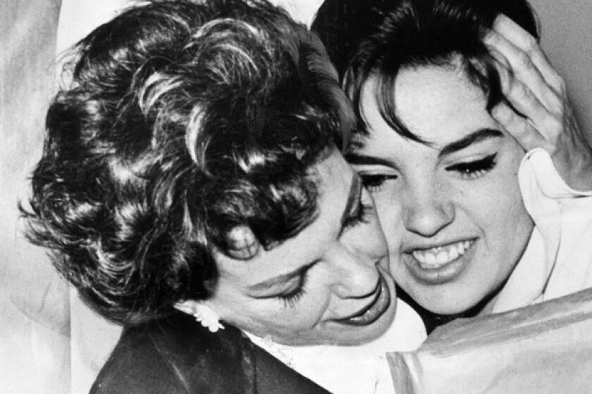 Liza Minelli and Judy Garland