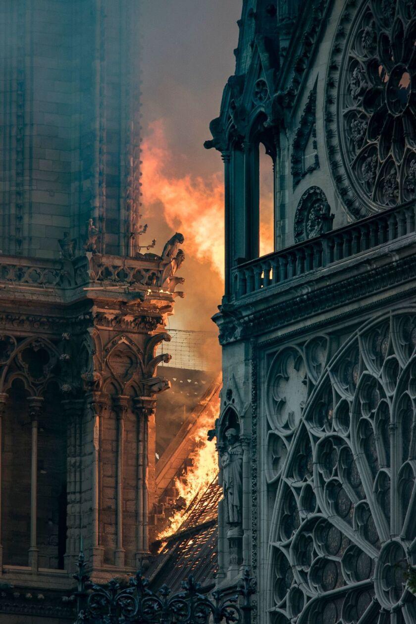 FRANCE-FIRE-NOTRE-DAMES