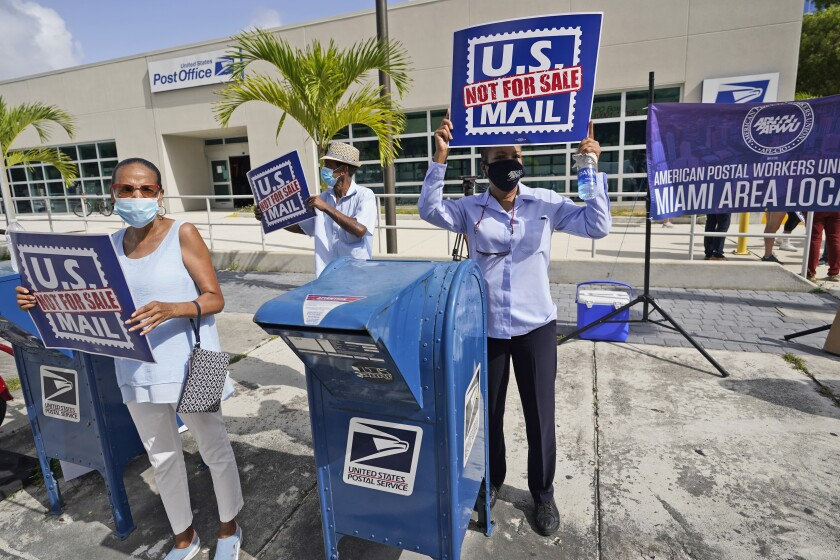 Protesters in support of U.S. Postal Service