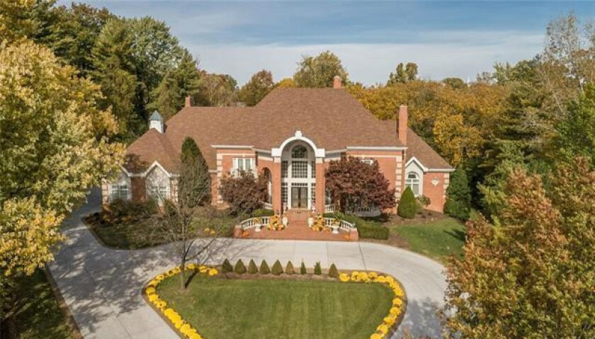 Ronald Isley's St. Louis estate