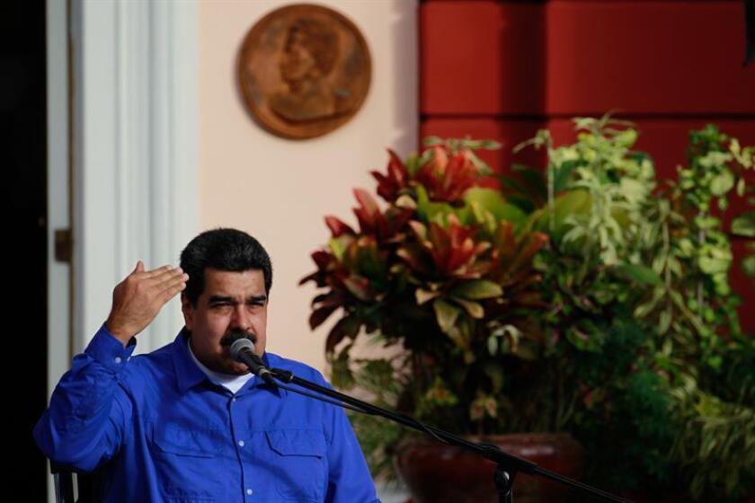 El presidente venezolano, Nicolás Maduro, habla durante un acto por la celebración del Día del Estudiante en Caracas (Venezuela). EFE/Archivo