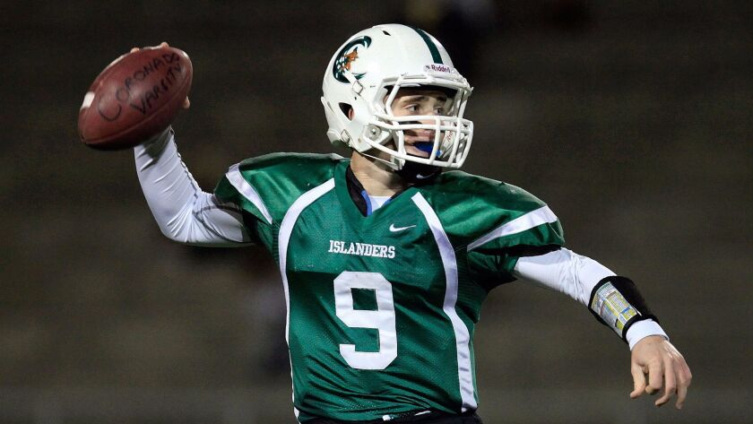 Briley Knight's late touchdown pass boosted Coronado past Central Union.