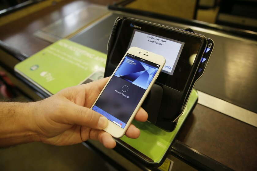 JPMorgan's answer to Apple Pay and other mobile wallet apps: Chase