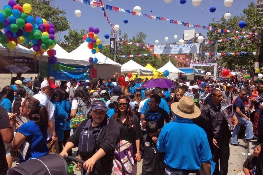 Thousands crowd downtown for Fiesta Broadway