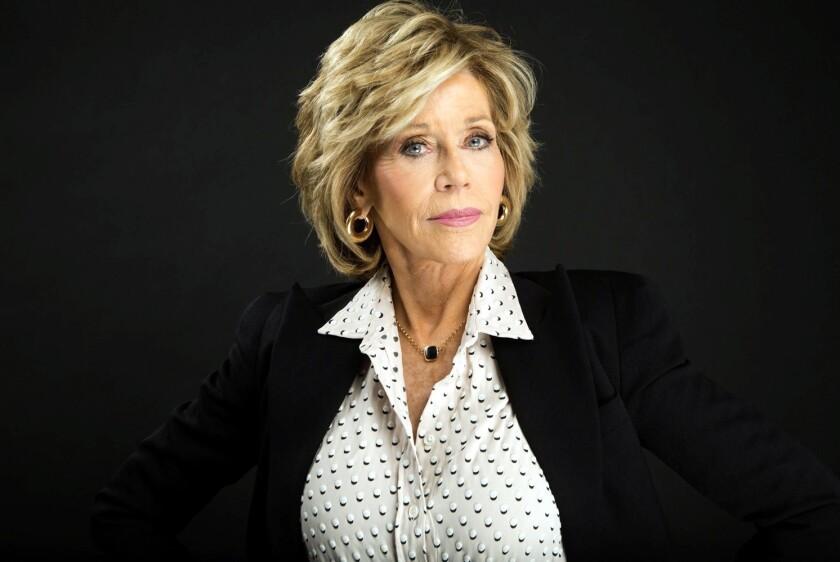 """""""Jane Fonda en Cincos Actos"""" aborda desde la relación con su padre, Henry Fonda, hasta el fracaso de sus tres matrimonios."""