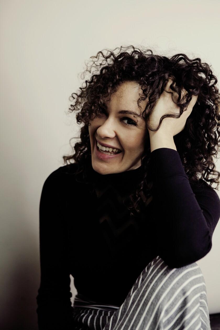 Soprano Nora Fischer