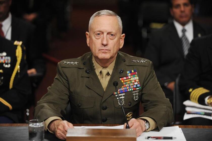 El presidente electo, Donald Trump, eligió al general de infantería de marina retirado James Mattis, exjefe del Mando Central y con más de cuatro décadas de experiencia castrense, informó el Washington Post. EFE/ARCHIVO