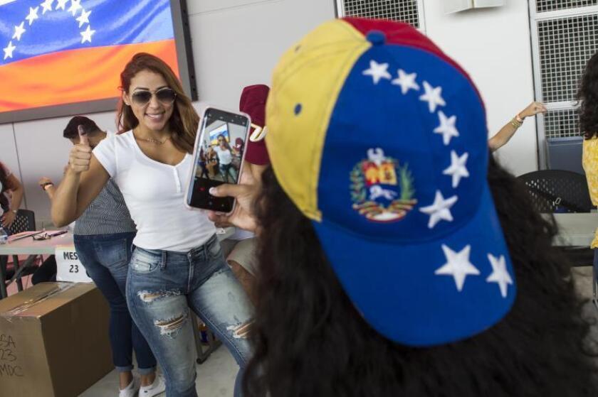 Venezolanos exiliados aplauden nuevas medidas de Trump y piden más