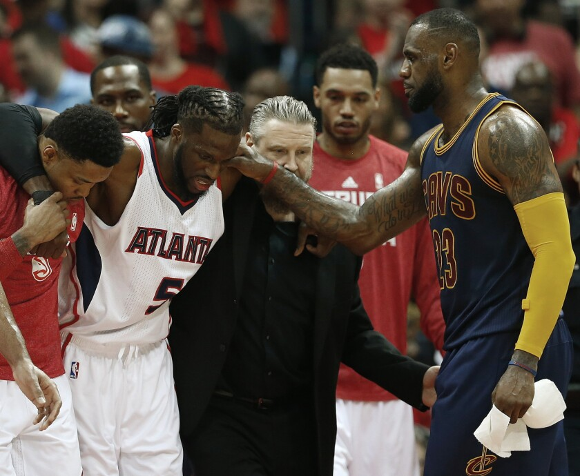 DeMarre Carroll, LeBron James