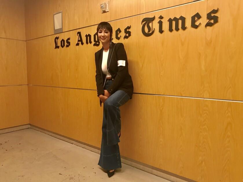 Jackie Cruz en una visita a Los Ángeles Times en el 2019.