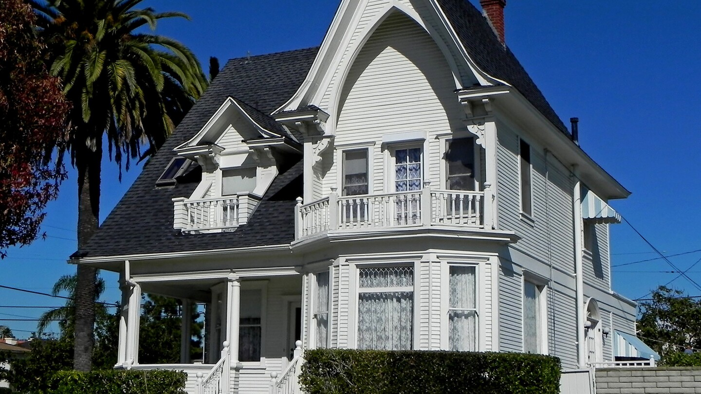 A 1907 Queen Anne residence in San Pedro is among homes inventoried by SurveyLA.