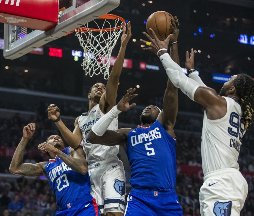 The Clippers' Montrezl Harrell (5) goes up for a shot against the Grizzlies on Jan. 4, 2020.