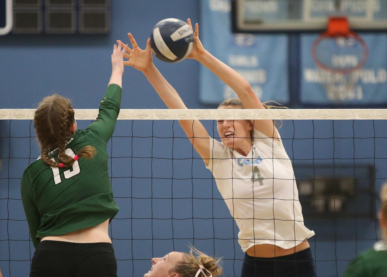 Photo Gallery: Edison vs. Corona del Mar in girls' volleyball