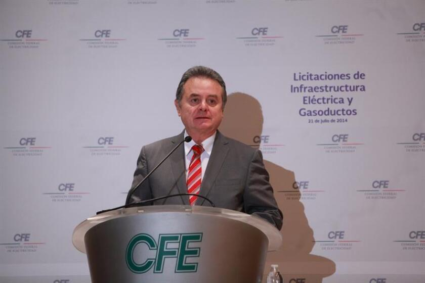 El Gobierno de México anunció hoy que otorgó un apoyo a la Comisión Federal de Electricidad (CFE) de 161.080 millones de pesos (unos 7.760 millones de dólares) para el pago de pensiones y de jubilaciones de los trabajadores de la firma estatal. EFE/ARCHIVO