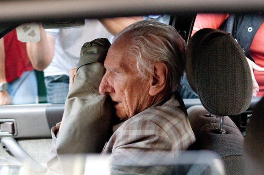 Hungarian Nazi war crimes suspect dies before judgment