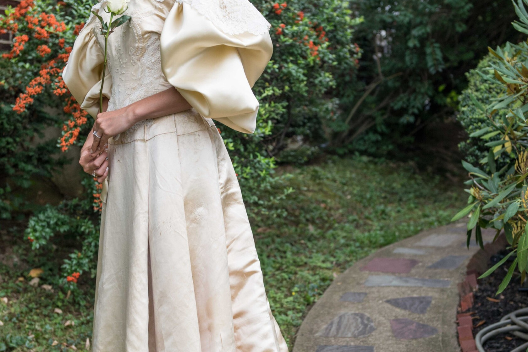 One 120-year-old wedding dress, 11 brides - Los Angeles Times