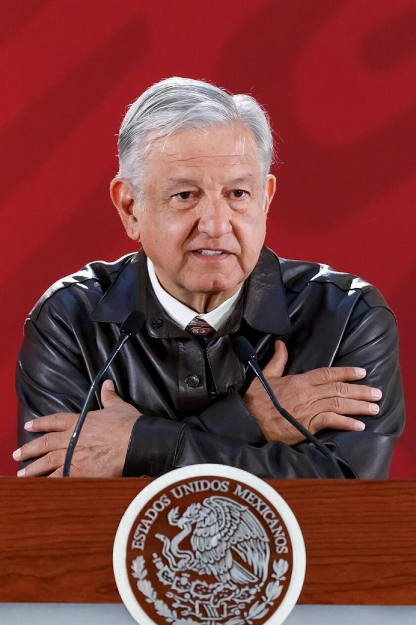 El presidente de México, Andrés Manuel López Obrador, habla en rueda de prensa matutina en el Palacio Nacional de Ciudad de México (México). EFE/Archivo