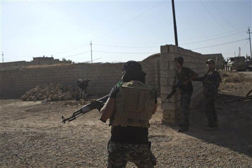 El grupo yihadista Estado Islámico (EI) secuestró a 6 personas en la provincia de Ghor, en el noroeste de Afganistán, donde hace dos semanas ya ejecutaron a una treintena de civiles, en lo que ha sido percibido como una prueba de la presencia de la formación en la mitad septentrional del país.