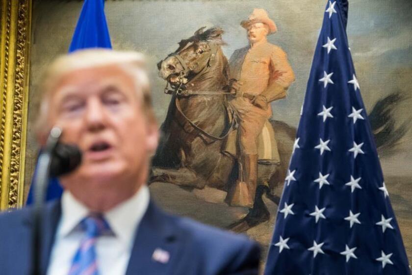 Trump nombra al frente de la Inteligencia al jefe de antiterrorismo